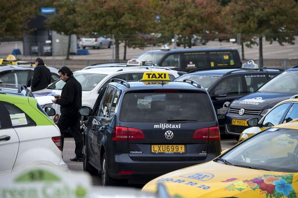 Behöver invandrarakademiker köra taxi i stället för att arbeta med vad de är utbildade för?