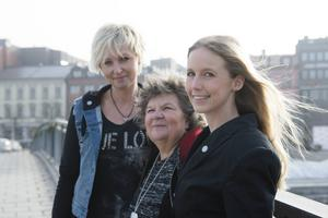 Jessica Falk, Ann Hellströmer och Sofie Wennberg i Hjärnkraft vill sprida kunskap. – Det finns många fördomar som att en person med en förvärvad hjärnskada skulle vara dum men så är det förstås inte. Man är samma person men har mindre ork, säger Jessica Falk.