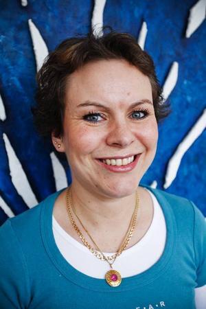 – Vi kan inte vända konjunkturen, men vi kan vara ett viktigt stöd för den som blivit arbetslös, säger Christina Storm Wiklander.