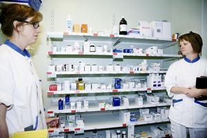 Hälsofara? Läkemedel botar, men kan hota hälsan och miljön om rester sprids i sjöar och vattendrag.