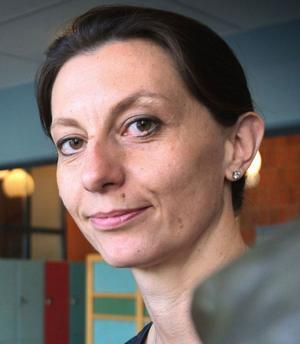 Ludvikaläraren Duska Jansson Dobrota är ledamot i riksstyrelsen för Lärarnas riksförbund och förstår besvikelsen hos många medlemmar över det nya avtalet. Men hon betonar att kampen går vidare för få upp lärarlönerna med 10 000 kronor.