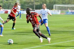 Modou Barrow hade flera finna nummer, men inget mål denna gång för ÖFK-stjärnan.