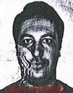 Bilden är ett falskt ID-kort.