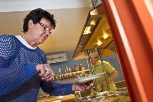 Räkor, pesto, tomat, gröna bönor... Inger KällgrenSawela uppskattade maten.