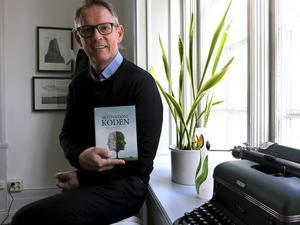 Motivationskoden är Tommy Lundbergs femte bok om ledarskap.