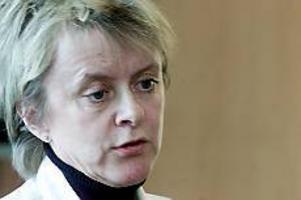 Arkivbild: LASSE HALVARSSONLämnar lungkliniken. Eva Brandén säger upp sig och försvinner till Karolinska sjukhuset i Stockholm.