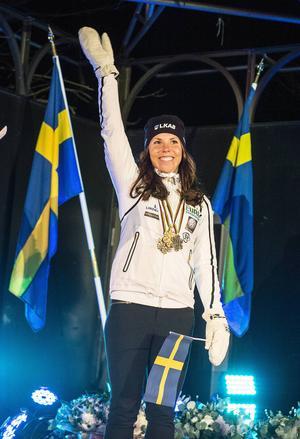 Charlotte Kalla tog emot Sundsvalls jubel.