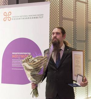 Calle Eklund fick Riksantikvarieämbetets förtjänstmedalj 2015 för sina insatser med att förnya det ideella arbetet om Hedemoras kulturarv.