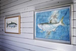 Flugfiskekonstnären Thommy Gustavsson ställer ut.
