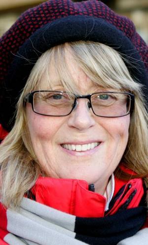 Louise Hellström,56 år, Östersund:– Javisst har jag det. Man ska vara rädd om kroppen. Man kan bli förkyld om man går ut utan långkalsonger. Och så blir man gladare om man inte fryser.