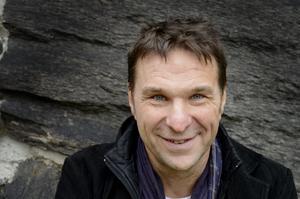 Anders Lundin leder den tredje säsongen av