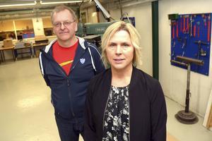 Monica Widell i framkant har samordnat denna satsning, bakom henne står Anders Skogs, lärare på teknikprogrammet.