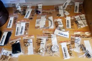 Polismyndigheten i Stockholms län visar upp beslag från stöldligor.