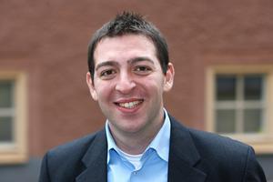 Folkpartiets kommunalrådskandidat Roger Haddad är dock kritisk.