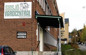 Ska även Sidsjö Vårdcentral bli tvungen att stänga verksamheten för att man blir för attraktiv bland patienterna? undrar debattförfattarna.