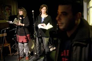 Gala för Gaza. Cirka 15 lokala förmågor  uppträdde till stöd för folket i Gaza, bland annat Helene Rådberg och Carolina Thorell som läste poesi.