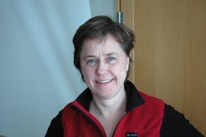 Arbetsterapeuten Ylwa Karlsson jobbar med att hjälpa anställda inom vård och omsorg att fimpa för gott.Foto: Andreas  Andersson