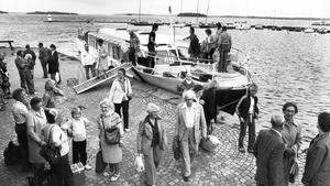 1979. Båtförbindelsen mellan Västerås och Ridön var populär.