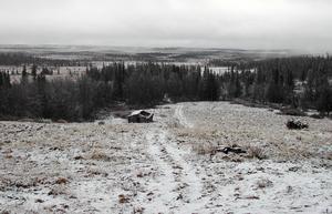 Nästan två mil från allmän väg ligger Henvålen i en speciell karaktär av fjällmiljö.