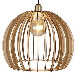 Det är någonting med trälampor som är så charmigt. Lampskärm Woody, 399 kronor på Clas Ohlson.