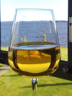 En skarp känsla av sommar genom glaset... (alkoholfritt by the way =)