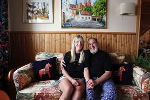 För tre år sedan flyttade Eva och Anders från Uppsala till Åkersjön. Nu lever de sitt drömliv och längtar inte tillbaka.– Stressen har vi lämnat för länge sedan, säger Anders.
