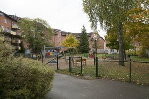 Ägaren av Lodjuretkvarteret med Åhlénshuset visar stort intresse för Plutokvarteret. Ludvikahem bedömer att kvarteret är värt närmare 110 miljoner.