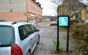Ska biltrafik rulla in på Kung Gustavs väg i Orsa? Det finns ett förslag på att öppna för trafik på den gågata som finns i dag. Foto: Hans Olander/DT