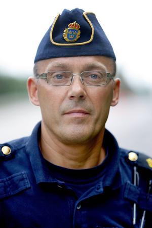 Stefan Westerlund vid Trafikpolisen i Västernorrland.