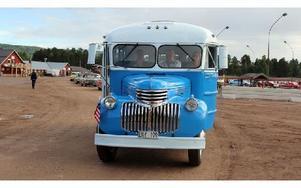 Ett av crusingens mer udda fordon var den här bussen, en Chevrolet 4162 från år 1941. Foto: Eric Salomonsson