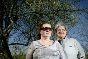 Eva Ryding bytte läkare med hjälp av sin granne Monika Sasse.