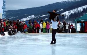 Bronsparet i teveprogrammet Stjärnor på is, simmaren Lars Frölander och Gabrielle Sobin, imponerade mest på isen.Foto: Elisabet Rydell-Janson