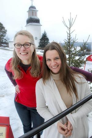 Sandra van Munster och Belinda Olofsson vill lansera Borgvattnet som Jultomtens riktiga hemvist, och nu arrangerar de en marknad i byn.