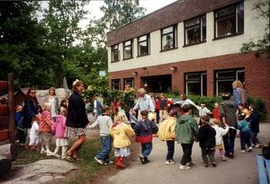 Fritidshemmen betyder mycket då de håller öppet för barnen när förskolor och skolor stänger. Deras förutsättningar borde förbättras och därför har Moderaterna tagit fram förslag kring detta.Foto: TT/arkiv