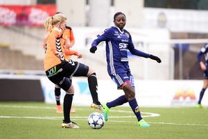 Ajara Nchout Njoya är tillbaka efter den knäskada hon ådrog sig minuter in i genrepet mot Umeå.