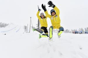 Emelie Wikström och Anna Swenn Larsson, alpina hopp inför nästa helgs världscuppremiär i finska Levi.