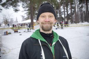 Festivalgeneralen Kalle Wedin har lämnat sin figur