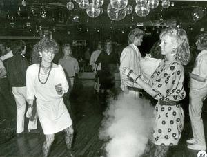 Dans på Elvis restaurang 10 april 1985.