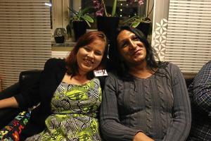 Vänner. Tindra Svanberg och Tina Jankovic.