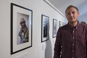 Magnus Axelsson bodde under ett år i Los Angeles där han på gatorna mötte sina modeller.