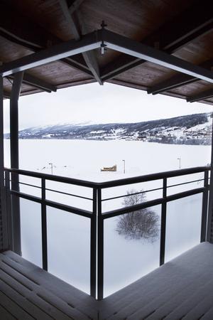 Vy från balkongen på en jacuzzisvit på Holiday Club.