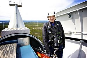 Under fredagens invigning fick Sven-Åke Niklas Andersson möjlighet att se sitt vindkraftverk från insidan