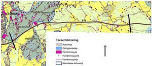 I Trafikverkets förstudie visar en karta upp hur många fornlämningar det finns där vägen ska dras fram. Det är en av många aspekter att ta hänsyn till. Kartan blir större om du klickar på den.