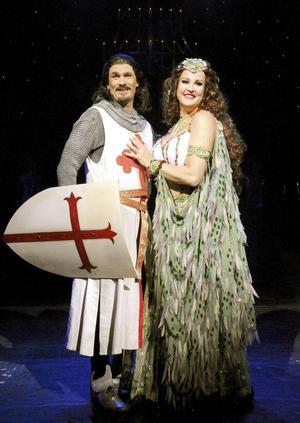 Sir Galahed och Damen i sjön står för skönsången.