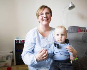 Susanne Larsson i Sundsbruk valde att bli mamma till Arvid på egen hand. En ny lag ger nu ensamstående rätt till assisterad befruktning i Sverige. Bilden är från våren 2014.