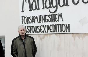 Lars Gustavsson utanför Mariagården. Arkivbild: Israa Almasri