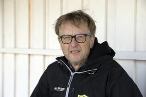 Stefan Mattsson menar att Riala startar om – för att kunna ha en stark verksamhet framöver. Bland annat har föreningen ett lovande pojkar födda 2004 och 2005 – som ska slussas in när tiden är kommer.