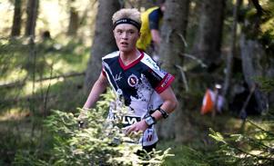 Ludvig Åhlund, OK Nolaskogsarna, sprang in som nia i SM på långdistans i orientering.