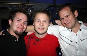 Blue Moon Bar. Daniel Bongo, Andreas och Patrik
