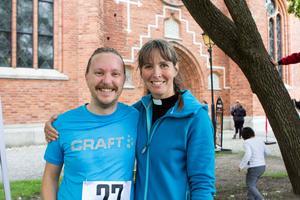 Erik Öberg och Magdalena Sjöholm, båda präster i Svenska kyrkan är nöjda med arrangemanget.